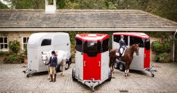 דגם Ifor Williams HBX511 – קרון סוסים